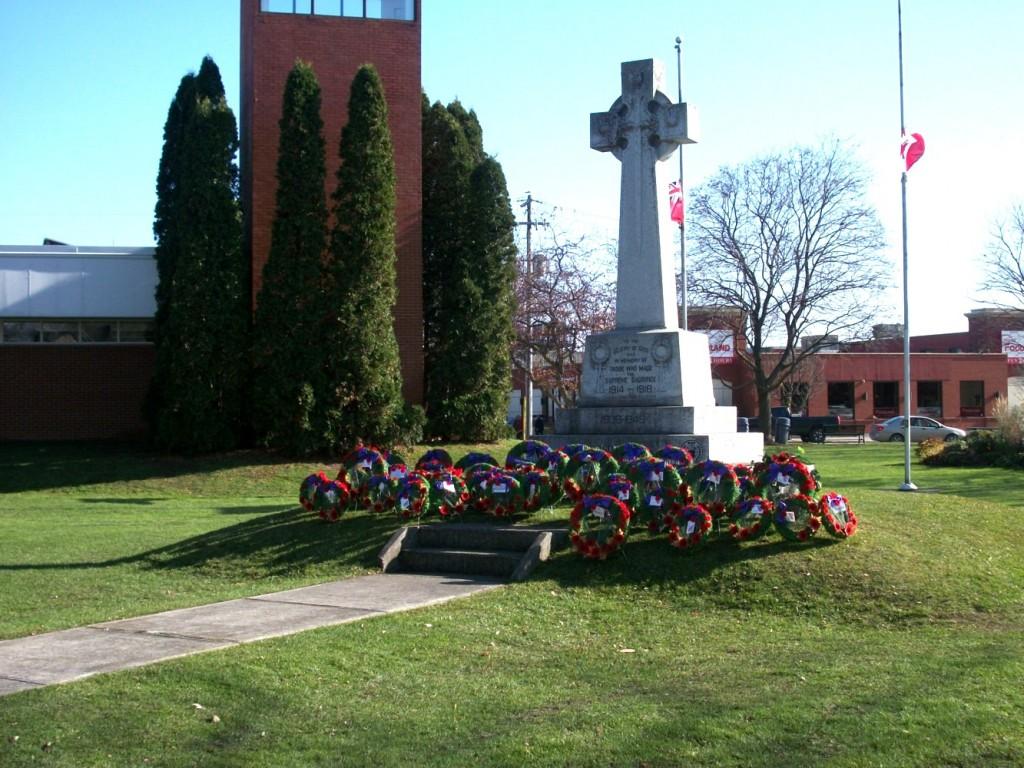 Cenotaph Park - Remembrance Day 2014